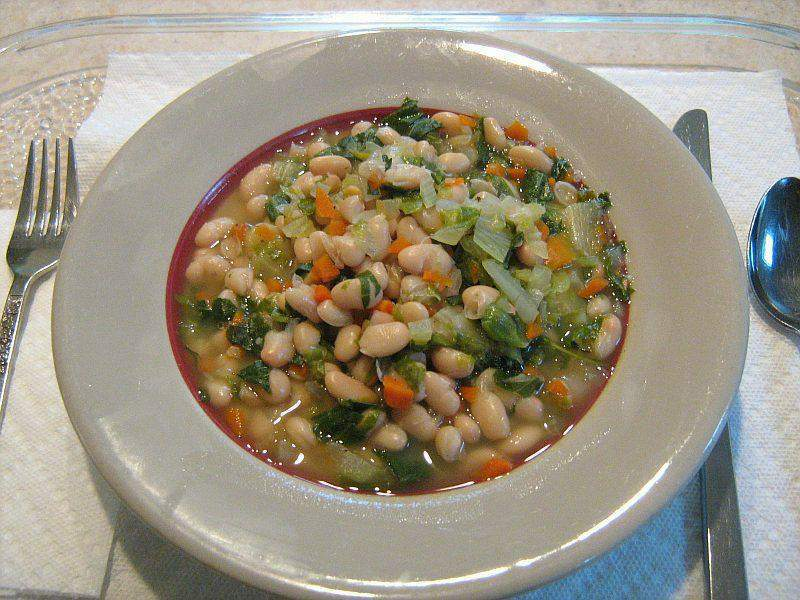 White Bean Soup with spinach,leeks and couscous